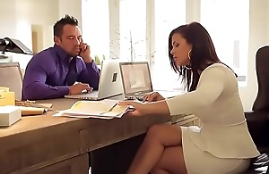 An office is a good place to fuck  FULL VIDEO http://dapalan.com/2aiu PASS= 457890